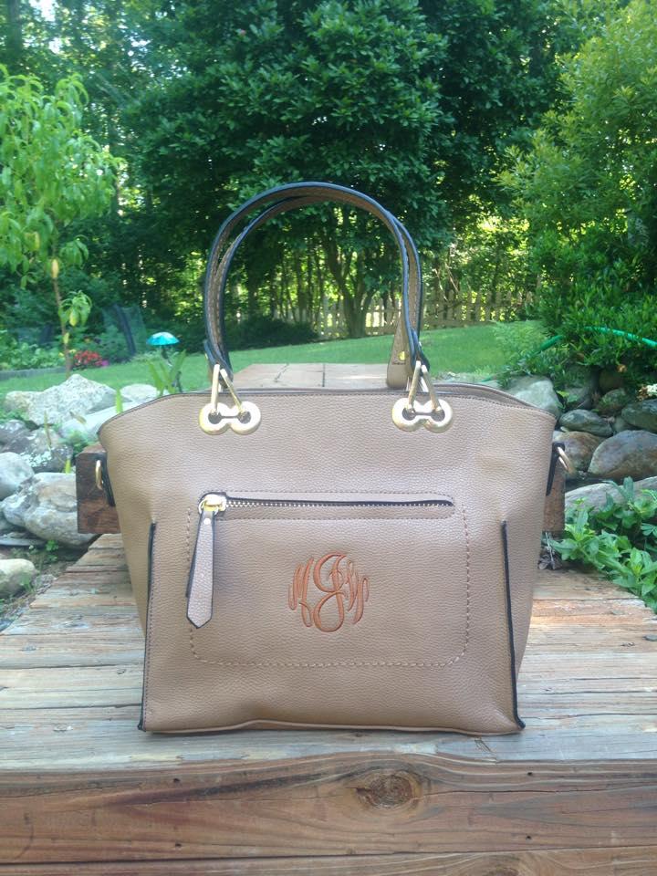 monogrammed purse - tan caitlin